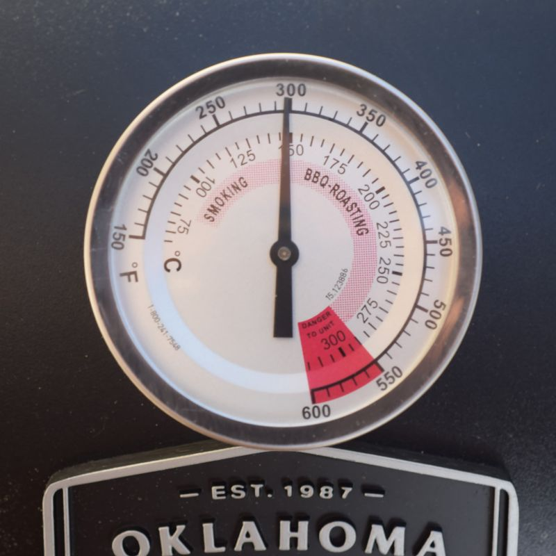 How to Smoke Sausages on an Offset Pit   Oklahoma Joe's®